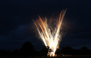inr-fireworks